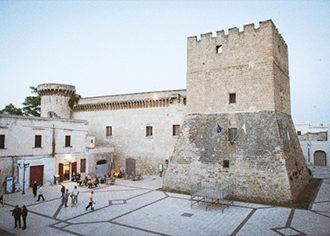 pulsano, torre, castello